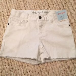 NWT Girl's White Shorts w/ Frayed Bottoms L(10/12)